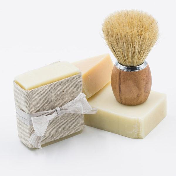 Savon a barbe vegan naturel et avec des ingredients bio