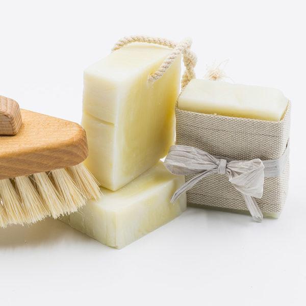 Un savon pour le ménage et l'entretien de la maison