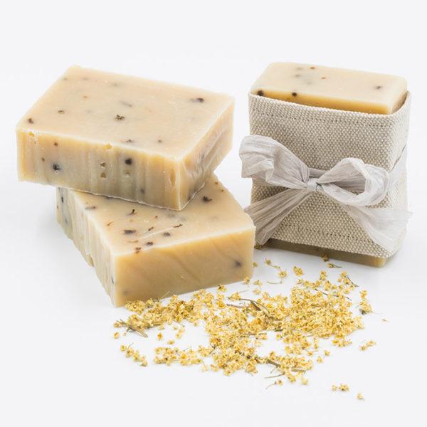 Savon pour peau seche au lait de vache bio et aux fleurs de sureau